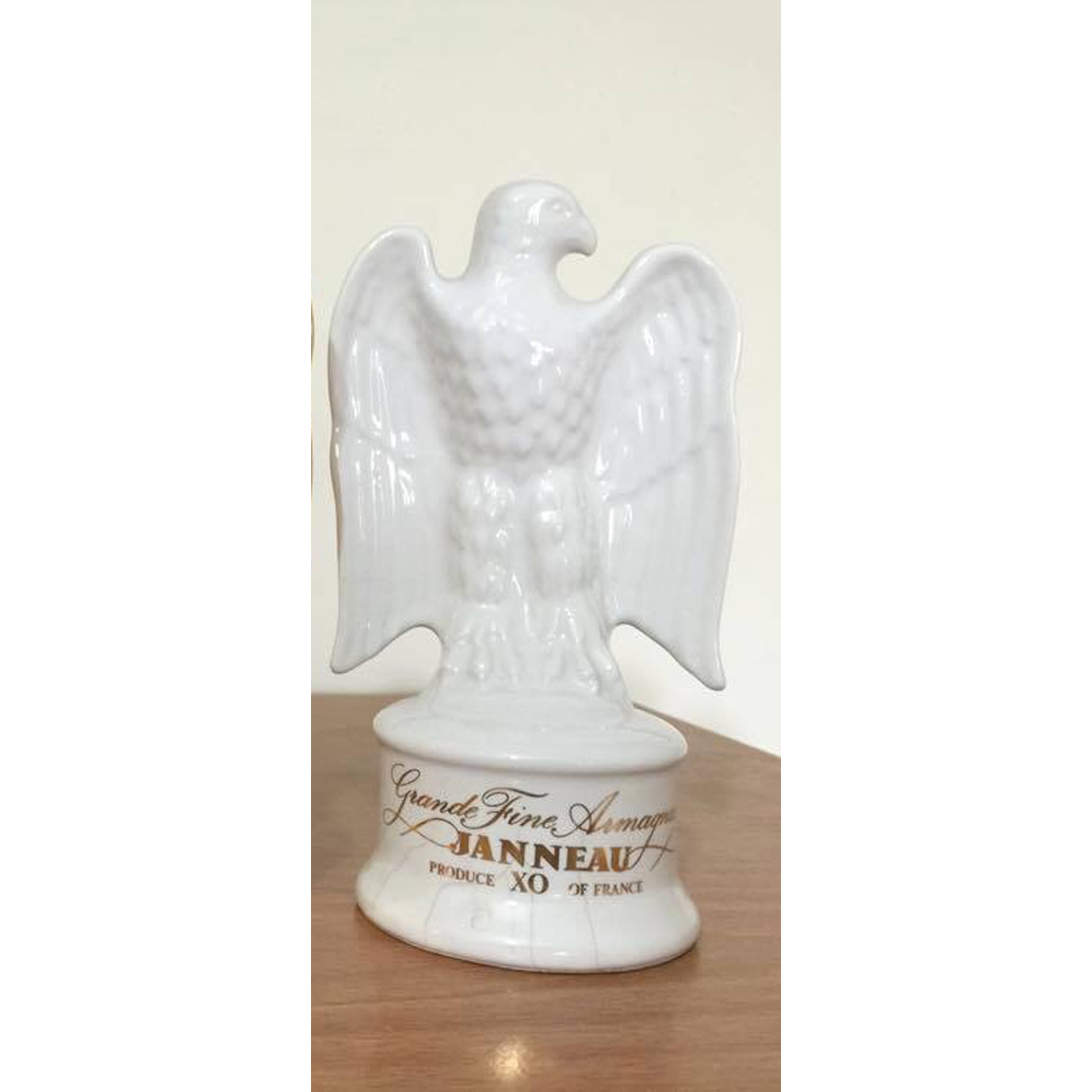 ARMAGNAC-JANNEAU-XO-WHITE-W